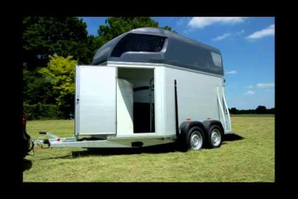 Sirius Trailers S75 alu with tack room
