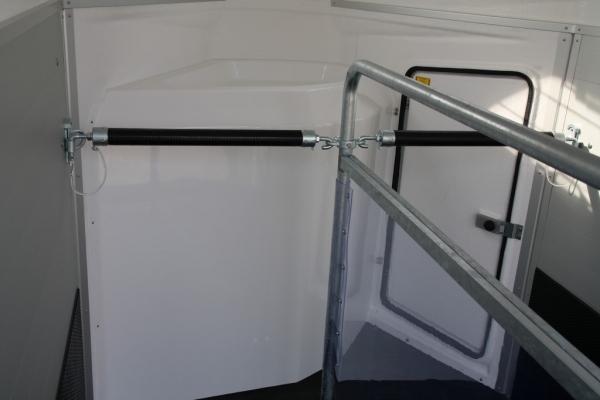 XXtrail-Stinger-Detail-10.JPG