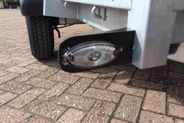 bakwagen breedtelamp LED nr 19.JPG